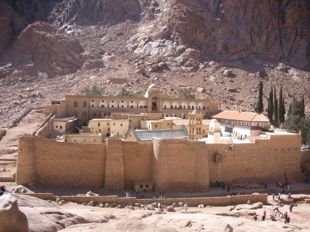 catherines-monastery-1443489_1280.jpg