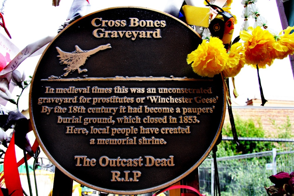 1-Memorial-plaque-at-the-gates-photo-c-Max-Reeves.jpg